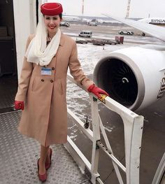 Emirates cabin crew @living_theflylife