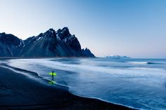Surf's up! View the incomparable work of Chris Burkard as he redefines the art of surf photography and its attendant lifestyle. Best Landscape Photography, Creative Photography, Iceland Photos, Hofn Iceland, Surfer Magazine, Koh Tao, Cool Landscapes, Travel Photographer, Strand