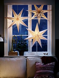 ikea weihnachten Most current Free of Charge The stars as a great idea for hanging or standing window decorations - Christmas . Strategies Theres nothing Greater than the usual ingenious IKEA Compromise of utilized area, and it is a g Hygge Christmas, Scandinavian Christmas, Christmas Home, Christmas Holidays, Christmas Christmas, Winter Holidays, Christmas Windows, Christmas Ideas, Christmas Ornaments