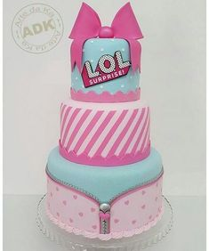 New theme here! Cake L.L surprise Available for lease only for São Paulo and ABC Paulista. Contact: treat with Luciano Doll Birthday Cake, Funny Birthday Cakes, 6th Birthday Parties, Birthday Ideas, Torta Angel, Lol Doll Cake, Surprise Cake, Doll Party, Bday Girl