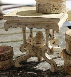 nicely done handmade dollhouse miniature table