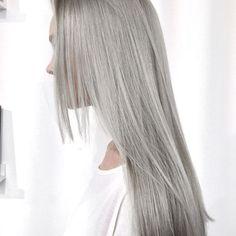 Silver blonde | jessica154blog: via karienanne