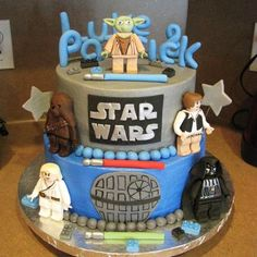 http://southernbluecelebrations.blogspot.com.es/2016/06/star-wars-cakes.html