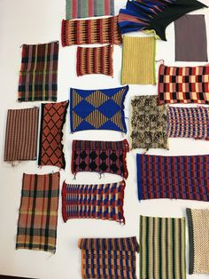 1.BA 2019, Yvee Nogara Quilts, Blanket, Knitting, Bed, Textile Design, Tricot, Stream Bed, Quilt Sets, Cast On Knitting