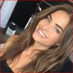 49 Beautiful Light Brown Hair Color To Try For A New Look Gorgeous Balayage Hair Color Ideas - brown Balayage Highlights,Beachy balayage hair color #balayage #blondebalayage #hairpainting #hairpainters #bronde #brondebalayage #highlights #ombrehair #lightbrownhair #brownhairbalayage Bronde Balayage, Brown Hair Balayage, Brown Blonde Hair, Hair Color Balayage, Balayage Highlights, Light Brunette Hair, Brown Hair Girls, Bronde Haircolor, Brunette Hair Colors