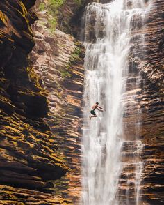 Jumping into the weekend like 💦! Magic energy and raw power, who wouldn't want to jump in to experience that! Cachoeira do Buracão, Chapada Diamantina National Park, Bahia, Brazil. Photo by Napoleon Hill, Monuments, Clear Lake, Travel Abroad, Heaven On Earth, Wonderful Places, Beautiful Places, South America, Places To See