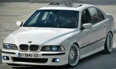 BMW E39 5 series white stance