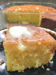 Jiffy corn muffin mix to make corn bread? Yes, it works perfectly for an easy, moist, and sweet recipe. Creamed Corn Cornbread, Sour Cream Cornbread, Best Cornbread Recipe, Jalepeno Cornbread Jiffy, Cornbread Casserole, Jiffy Recipes, Jiffy Cornbread Recipes, Sweet Recipes, Cornmeal Recipes