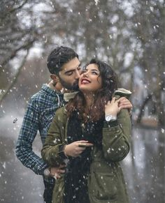Romantic Couples Photography, Romantic Photos, Couple Photography, Couple Pic Hd, Couple Photos, Love Songs, Winter Jackets, China, Romantic Pictures