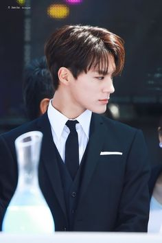A woman who is an arranged marriage with a Lee Jeno person he does no… # Fiksi Penggemar # amreading # books # wattpad Winwin, Taeyong, Jaehyun, History For Kids, Jeno Nct, Na Jaemin, Asian Boys, Boyfriend Material, Nct Dream