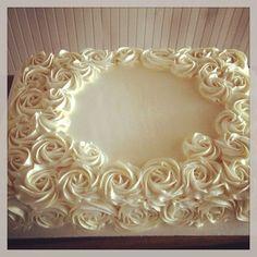 Buttercream rose sheet cake So pretty! Wedding Sheet Cakes, Birthday Sheet Cakes, Baptism Sheet Cake, Cake Birthday, Pretty Cakes, Beautiful Cakes, Sheet Cakes Decorated, Sheet Cake Designs, Rosette Cake
