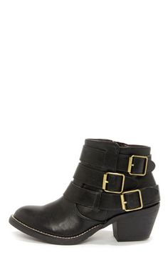 Report Signature Acer Black Buckled Ankle Boots #vegan
