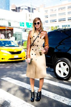 #contrast #sleeves #leather #trench
