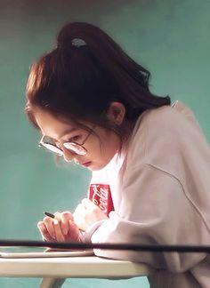 Irene Little brownie💕 Red Velvet Irene, Black Velvet, Seulgi, Bae, Red Valvet, Ulzzang Korean Girl, Imagines, Girls Generation, K Idols