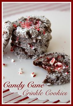 Candy Cane Crinkle Cookies are an easy cake mix cookie that's a skinny version too! by 1 devils food cake mix 3 Tbsp butter 3 Tbsp fat free cream cheese tsp cornstarch C powdered sugar 2 eggs tsp peppermint flavoring 24 mini candy canes, crushed Xmas Cookies, Cake Mix Cookies, Cookies Et Biscuits, Cookies Kids, Holiday Treats, Christmas Treats, Holiday Recipes, Christmas Recipes, Christmas Foods