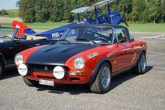 Classic Cars in Bleienbach Schweiz / Switzerland Fiat 124 Sport Spider, Fiat 124 Spider, Fiat Abarth, Bmw Classic Cars, Exotic Sports Cars, Sport Cars, Vintage Cars, Cool Cars, Porsche