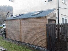 shed - lean to with 2 doors and skylights (perfect for side yard)