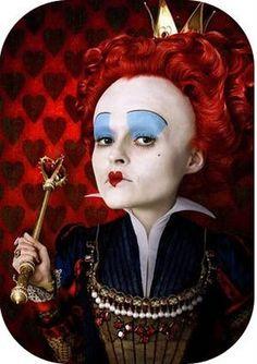 Helena Bonham Carter como a Rainha Vermelha em ALICE NO PAÍS DAS MARAVILHAS