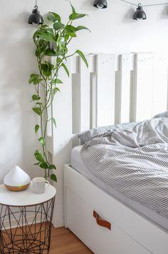 Wie Ich Mein Bett Mit Paletten Kopfteil Und Ledergriffen Optimiert Habe Brimnes Bett Wohnung Schlafzimmer Dekoration Schlafzimmerrenovierung
