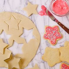 8 Cookies for a Happy Holiday: Sugar Cookie Cutouts Sugar Cookie Cutout Recipe, Cut Out Cookie Recipe, Sugar Cookies, Cookie Recipes, Dessert Recipes, Yummy Cookies, Dessert Ideas, Christmas Desserts, Christmas Baking