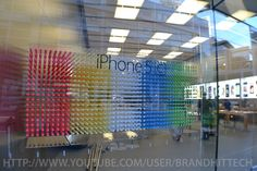 Apple Store iPhone 5s and iPhone 5c displays start going up, focus on color