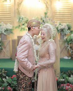 Bridesmaid Dresses, Wedding Dresses, Lace Wedding, Inspiration, Fashion, Bride Maid Dresses, Bride Gowns, Wedding Gowns, Biblical Inspiration
