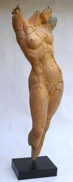 flora craquelée - Photo de philippe morel: grandes pièces - Philippe Morel sculpteur...la vie de l'atelier.