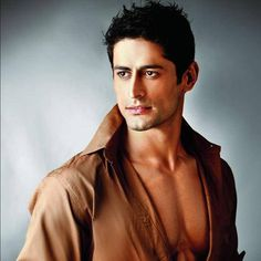 Not just Ajay Devgn and Akshay Kumar, Mohit Raina too is vying for Battle Of Saragrahi? #FansnStars
