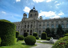 Vienna, Kunst- Naturhistorisches Museum and park, Nikon Coolpix L310, 4.5mm,1/500s,ISO80,f/3.1,+1.0ev, polar filter, HDR photography, 201605211158