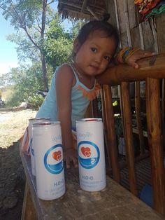 Oxygen water Oxylife water. Philipines. Kyslikova voda Oxylife pro vase zdravi a krasu. Oxygen for your body and mind.