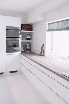 Astounding Diy Ideas: Minimalist Home Plans Design minimalist kitchen island apartment therapy.Minimalist Bedroom Closet Home minimalist kitchen island home. Kitchen Corner, New Kitchen, Kitchen Interior, Kitchen Decor, Kitchen Small, Kitchen Ideas, Kitchen Storage, Kitchen Rustic, Ikea Storage