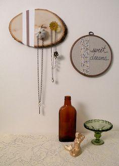 sweet vintage knob jewelry hanger, by Monkey & Squirrel