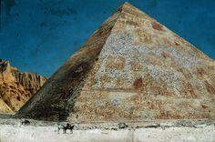 Iron Pyramid in China on the edge of the Gobi. Железная Пирамида в Китае на краю Гоби
