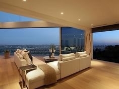 Amazing Los Angeles Penthouse http://www.homeadore.com/2012/08/27/amazing-los-angeles-penthouse/
