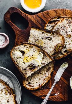 Honey #sourdough Bread with Roasted Walnuts