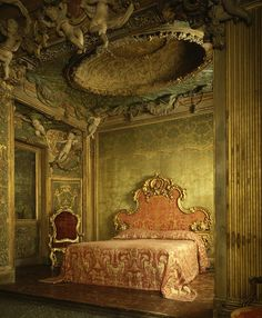The Metropolitan Museum of Art - Bedroom from the Sagredo Palace. 1718 Venice, Italy