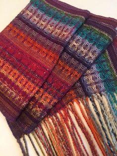 Huck weave bobbin de-stash shawl