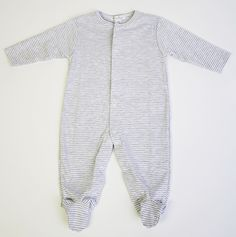 Button Tree Kids - Kissy Kissy - Baby Romper Footie (Available in store & at ButtonTreeKids.com) #kissykissy #romper #babyclothes #onesie #footie #footiepajamas #pajamas