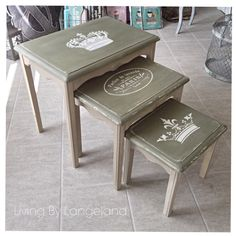 Small tablets paintet with Annie Sloan Chalk Paint™