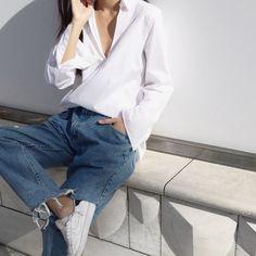 Blue jeans | Maria Van Nguyen