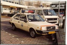 Dutch - 1983 Volvo 343 Police Vehicles, Police Cars, Auto Service, Volkswagen Bus, Cops, Volvo, Cars And Motorcycles, Dutch, Trucks
