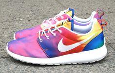 "Nike Roshe Run ""Tie-Dye"""