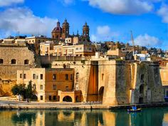 Senglea, Malta. Malta and Gozo: the Bradt Guide www.bradtguides.com