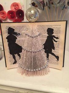 Folded-book-art-christmas-tree