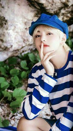 I want you please baby oppa jaan Bts Taehyung, Jimin, Bts Bangtan Boy, Bts Boys, Daegu, Foto Bts, Seokjin, Namjoon, Kpop