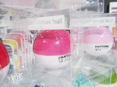 Pantone Christmas ornaments and vinyl folding chairs from Seletti!