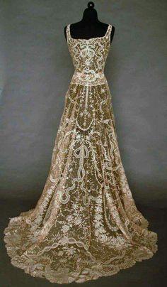 Point de Gaz lace gown c1933