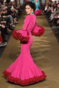 Juan Boleco - We Love Flamenco 2017 Flamenco Dresses, Flamenco Dancers, Spanish Projects, Image Makers, African Dress, Karma, Ruffles, Folk, Aurora Sleeping Beauty