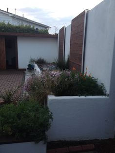1000 Images About White Rendered Garden Walls On