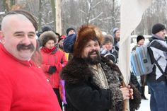 The leaders of Cossack village observe the fight